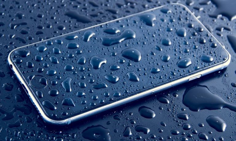 iPhone kena air